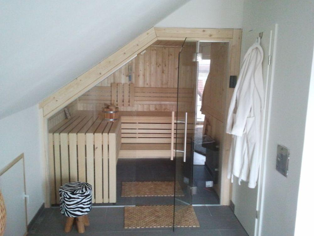 sauna in der dachschr ge. Black Bedroom Furniture Sets. Home Design Ideas