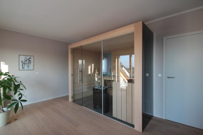 Design-Sauna mit Glasfront, Weißtanne
