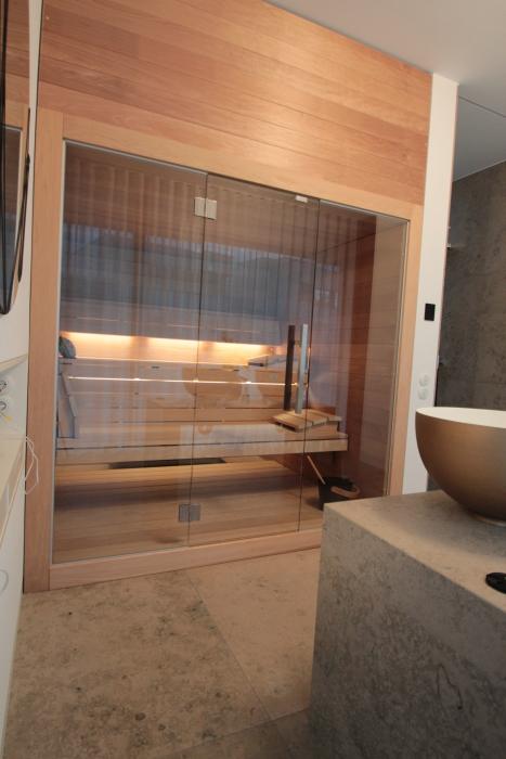 Design-Sauna Thermoespe und Glasfront